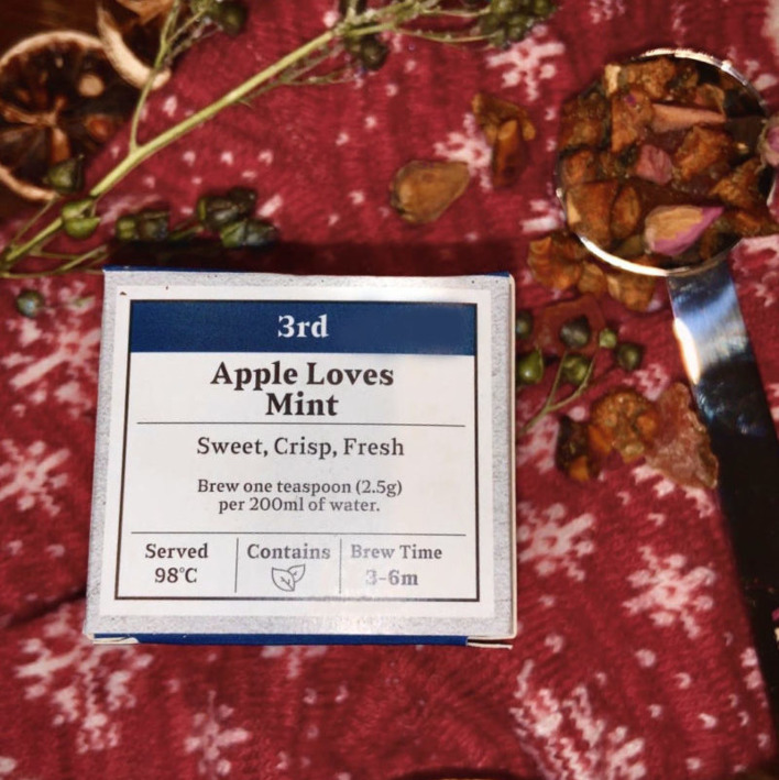 Advent Day 3- Apple Loves Mint