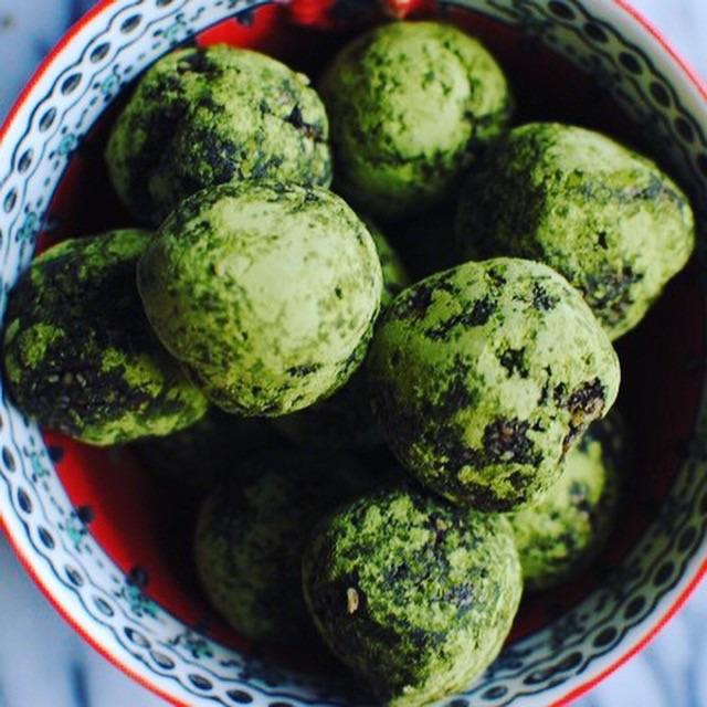 Sweet Matcha Energy Balls
